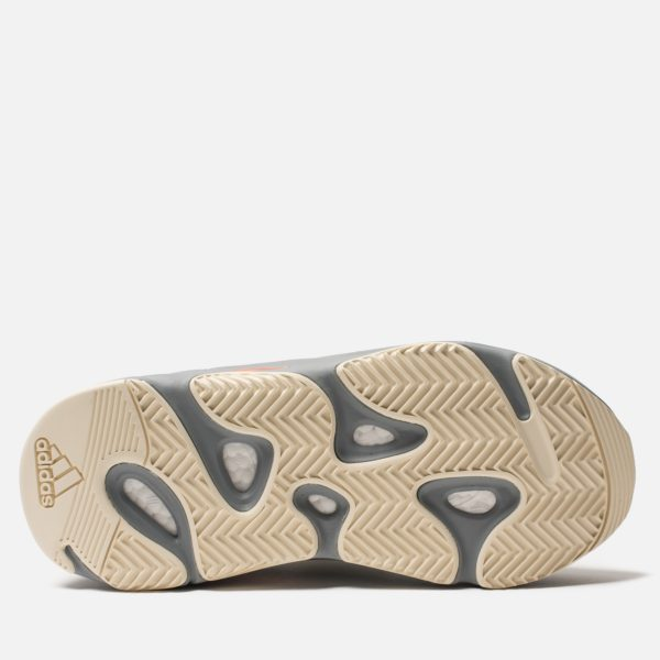 krossovki-adidas-originals-yeezy-boost-700-grey-grey-inertia-5_1600x1600.jpg