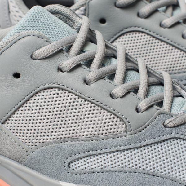krossovki-adidas-originals-yeezy-boost-700-grey-grey-inertia-7_1600x1600.jpg