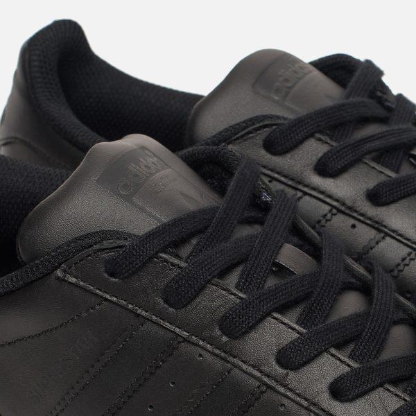 muzhskie-krossovki-adidas-originals-superstar-core-black-core-black-core-black-5_1600x1600.jpg