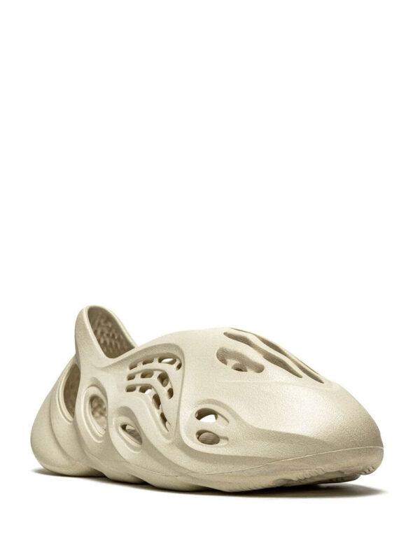 adidas YEEZY Foam RNNR Sand-1